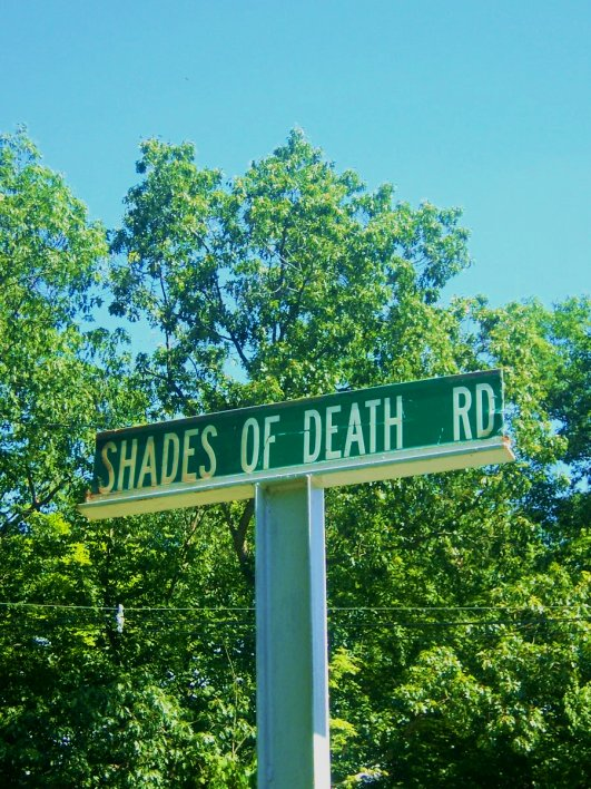 shades_of_death_road_sign_south